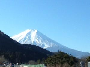霊峰冨士です。やはり世界遺産だけの事はあります。